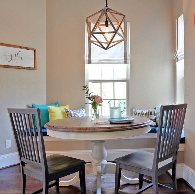Transitional Mod Breakfast Room