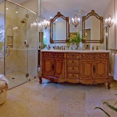Traditional Master Bath