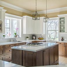 Classic Transitional Kitchen