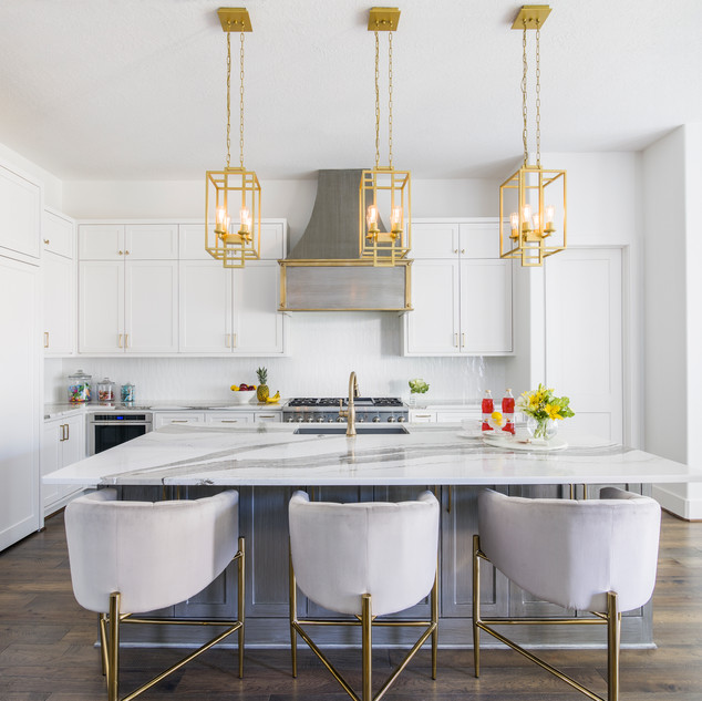 Crisp White Contemporary Kitchen