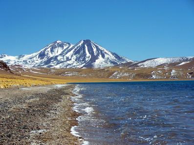 Laguna Miscanti nevado Lejia