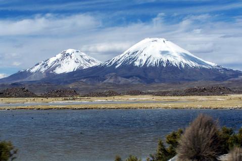 Cotacotani Lake - Parinacota and Pomerape mountains