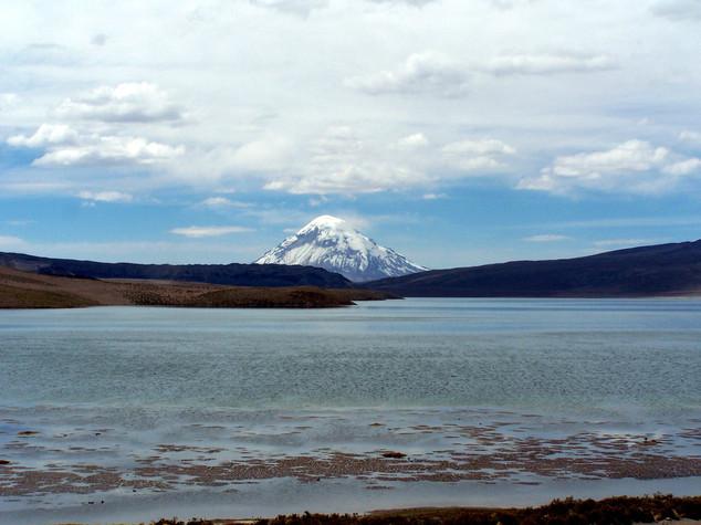 Chungara lake and Sajama