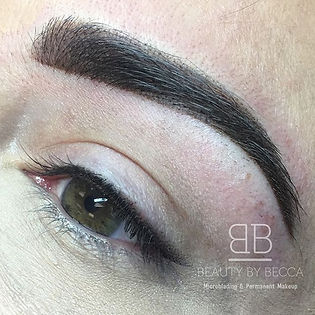 Ombré eyebrows and Stardust liner.jpg
