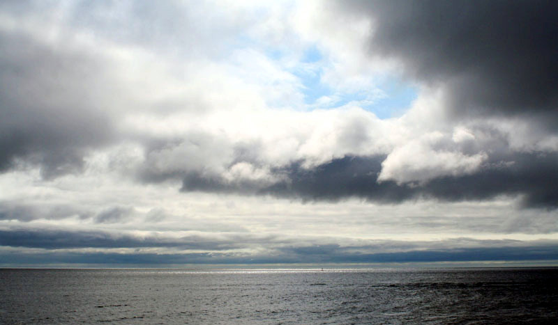 clouds-breaking-up