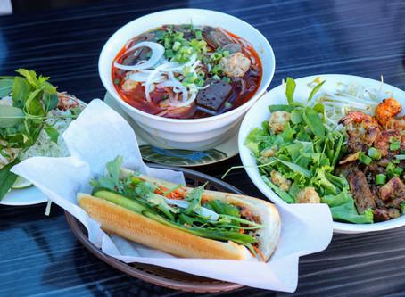 FEAST your EYES 👀 on this 😋 -- Bún Bò Huế,  Mì Khô Huế Ơi and Bánh Mì Huế Ơi!