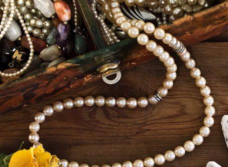 Beli Perhiasan Vintage, Mengapa Tidak?