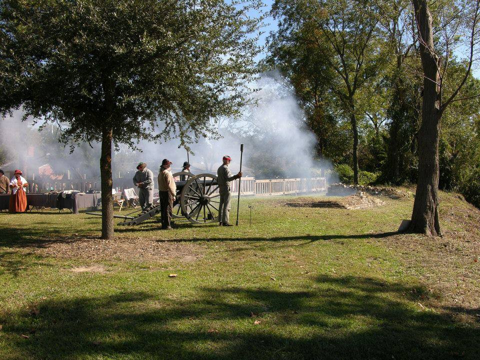 Civil War Cannon Demo