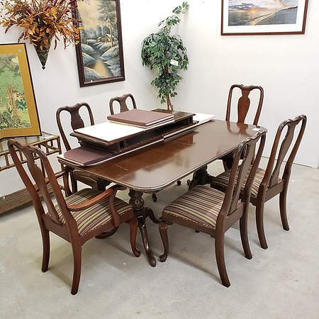 Ethan Allen dining table with 6 chairs $