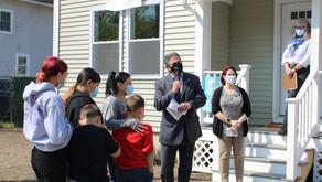 Partner family celebrates new home at dedication ceremony