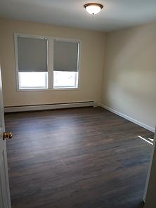39 upstairs bedroom.png