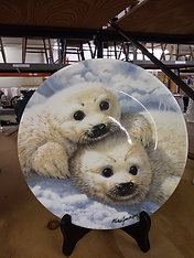 Bradford Exchange collectible baby seals plate $3.99.png