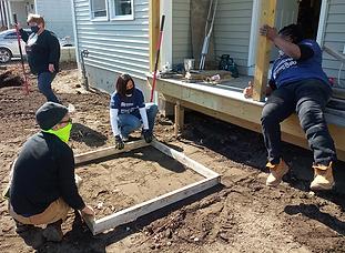 Mary, Cindy, Tyeka - figuring the landin