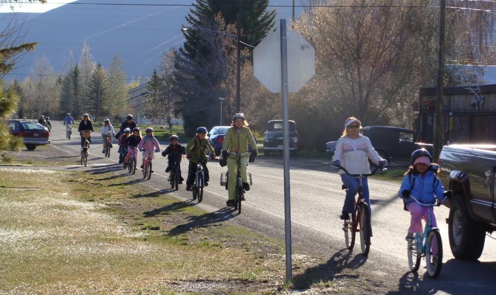 All aboard the bike train!