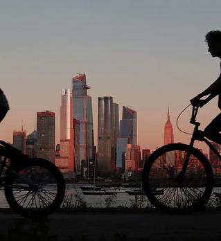 bicycling_NewYork.webp
