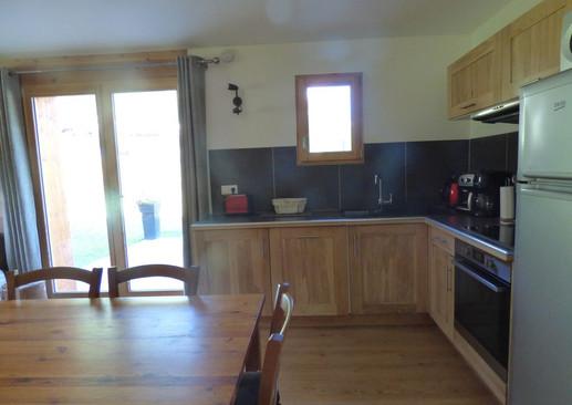 Coin cuisine, plaque induction, lave-vaisselle, four, grille pain, machine à café