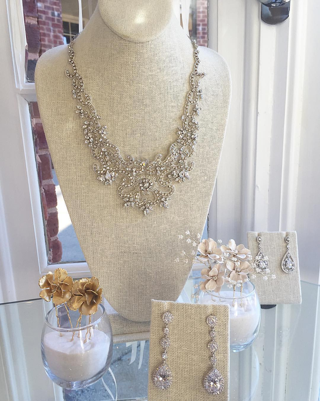 Ladies of Lineage Bridal Accessories