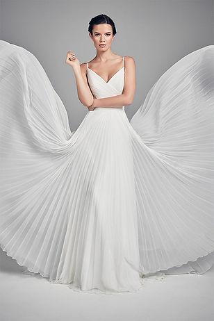 butterfly-wedding-dresses-uk-suzanne-nev