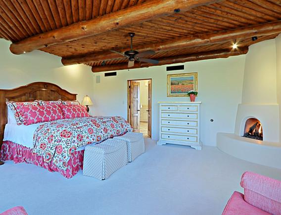 Master Bedroom 5.jpg