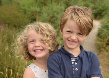 Family photoshoot at St Catherines Hill
