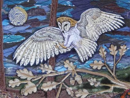 barn owl alighting.jpg