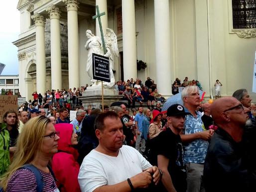 Tausende Querdenker für Friede und Freiheit in Wien!