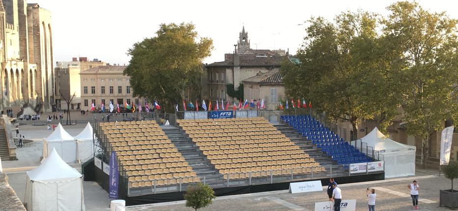 Tribunes Avignon