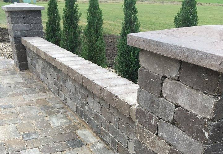 Freestanding Wall and Columns
