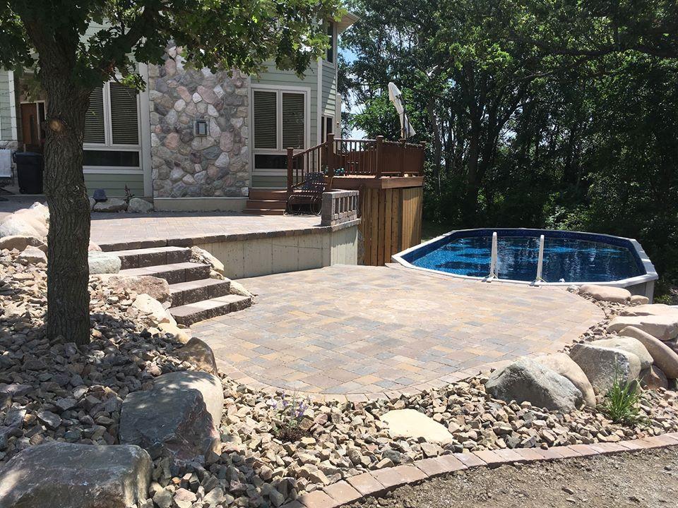 Pool Side Hardscapes