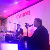 DUELLING PIANOS UK
