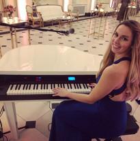 Hire Singing Pianist UK