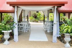 Palm-Pavilion-carpet-draping-pots1-600x403