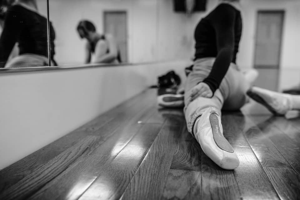 Pointe Shoe Pic.jpg