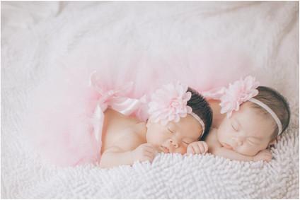 Lian / 親子寫真 / 全家福 / 新生兒寫真  / 寶寶寫真 / 雙胞胎寫真