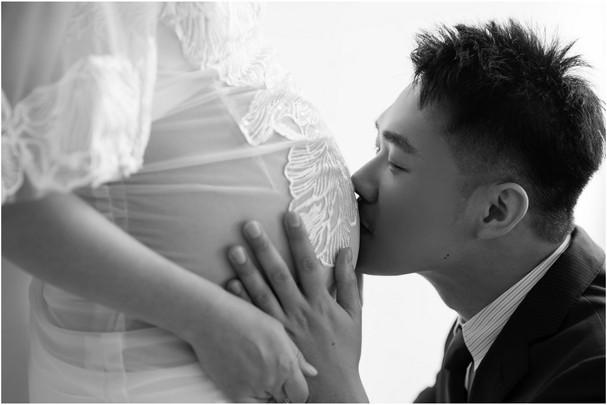 板橋孕期寫真 / 台北孕婦寫真 / 妊娠寫真 / 清新自然  / 親子寫真 / 素人寫真 / 寵物寫真 / 柴犬  / 孕婦禮服 / 孕婦婚紗