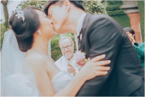 威中 + 亦淳 / 婚禮紀錄 / 婚禮拍攝 / 平面紀錄 / 類婚紗 / 教堂婚禮 / 威多麗亞酒店
