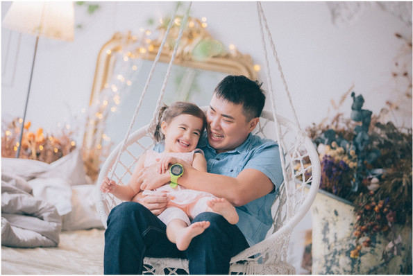 親子寫真 / 全家福 / 周歲照 / 生日派對 / 寵物寫真