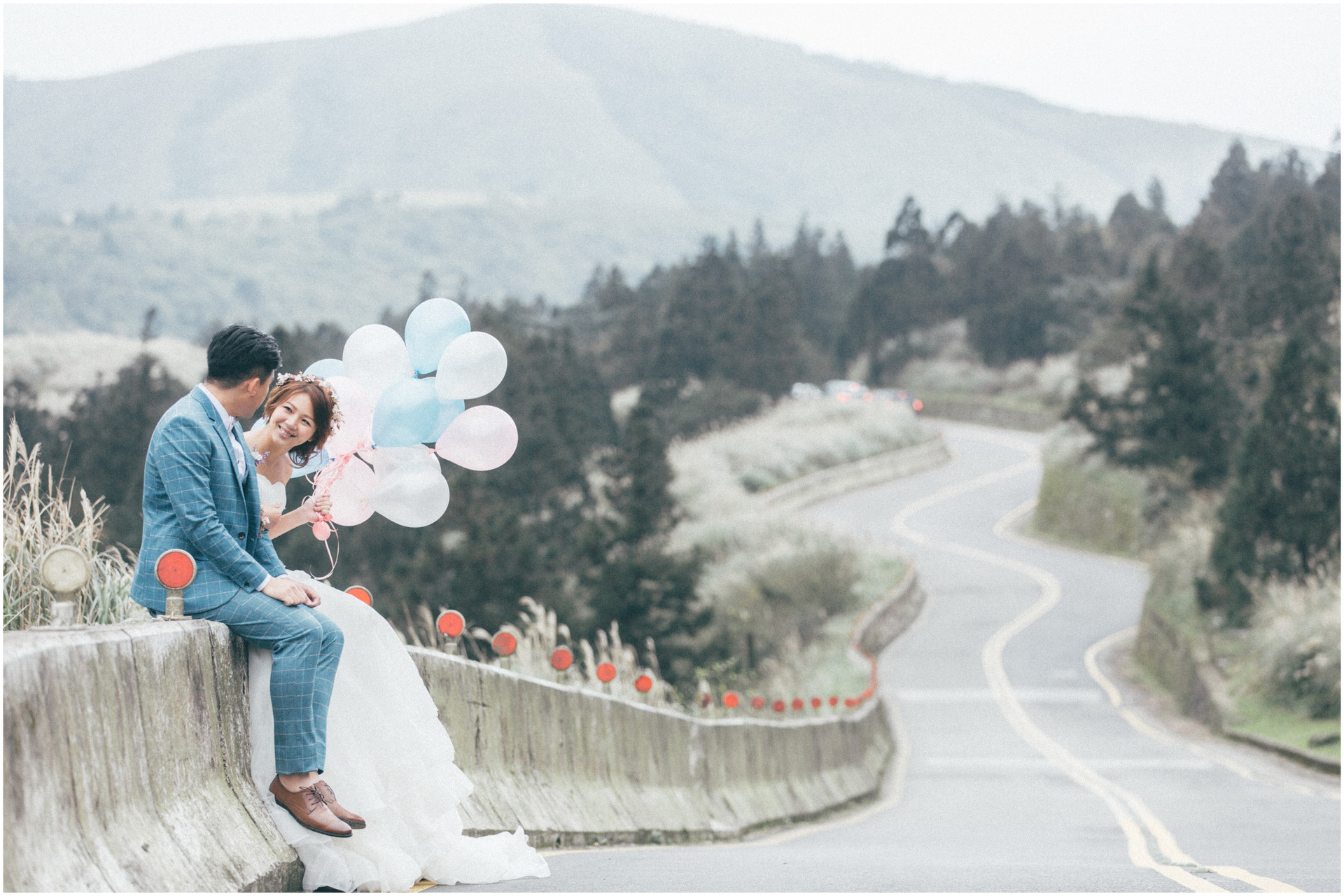 陽明山公路 / 黑森林 / 自主婚紗 / 結婚照 / 攝影棚婚紗 / 自然婚紗 / 素人婚紗