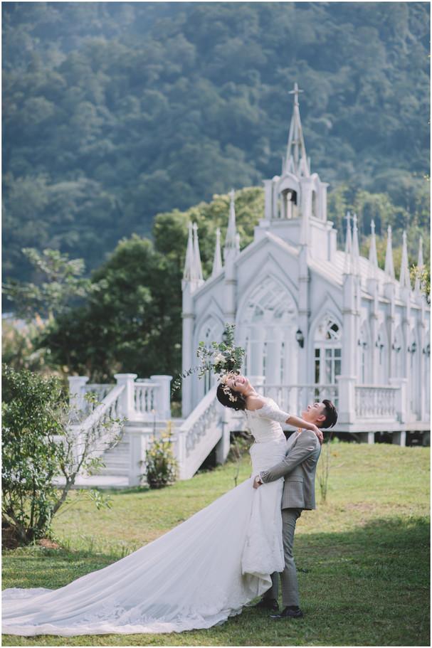 愛神婚紗基地 / 教堂婚紗 / 水牛坑 / 寵物婚紗 / 自然捲棚拍 / 素人寫真