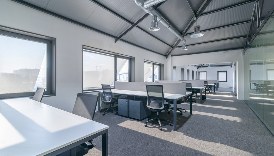 Workstations with natural light