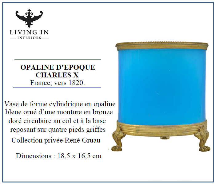 60067-0010 Opaline d'Epoque Charles X, monture bronze