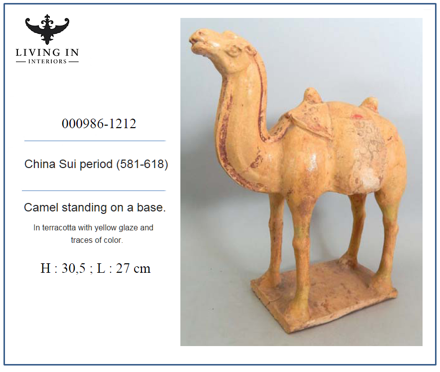 000986-1212 SUI CAMEL STANDING