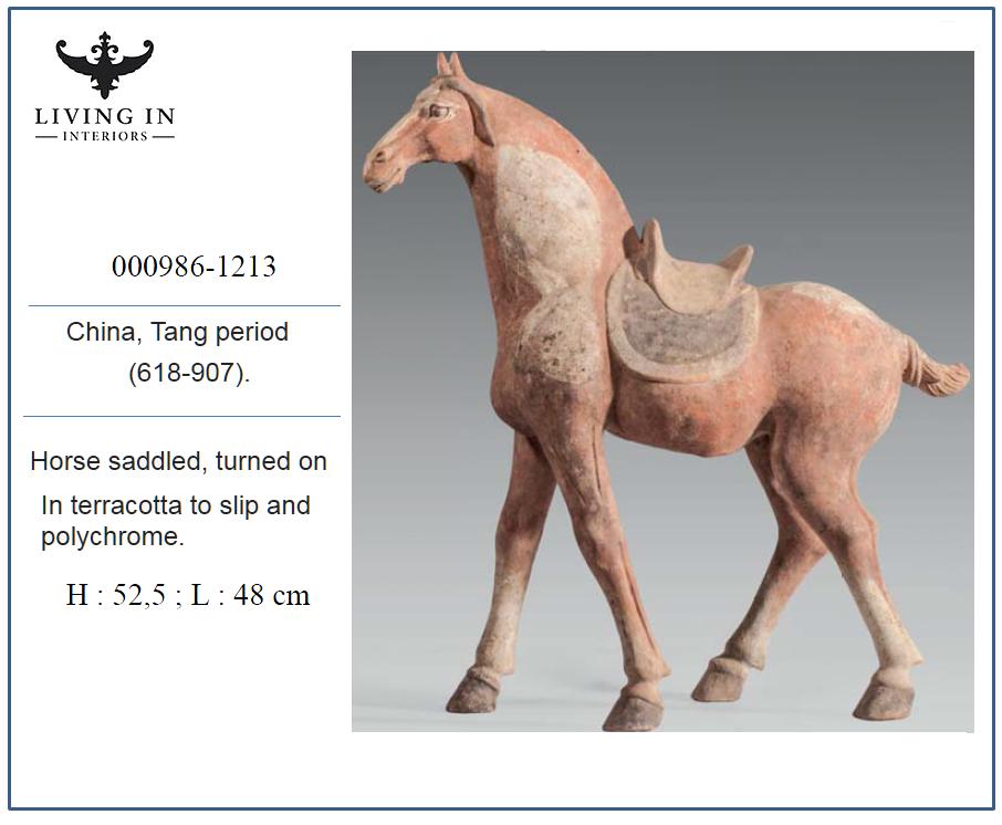 000986-1213 TANG HORSE SADDLED