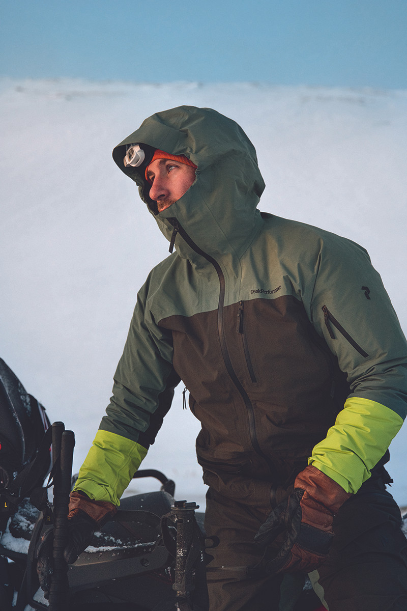 MATT-Winter-PeakPerformance-Man-Jet-Ski.
