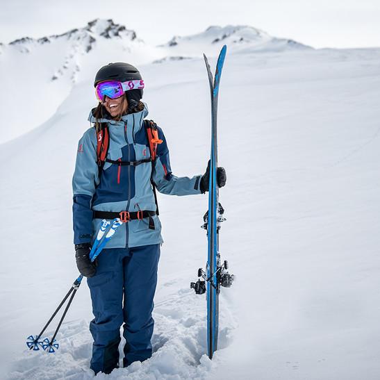 MATT-Winter-SCOTT-Woman-Ski.jpg