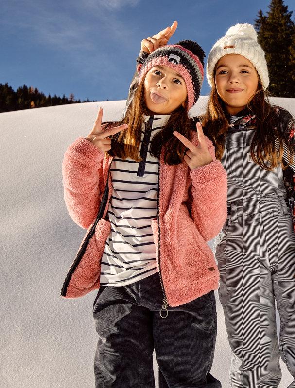 MATT-Winter-Kids-coole-Maedels-Zunge-str