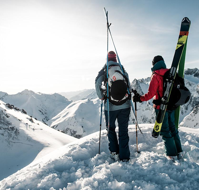 MATT-Winter-SCOTT-Women-Skitouring.jpg