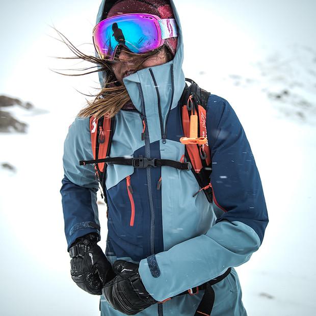 MATT-Winter-SCOTT-Woman-Goggles.jpg