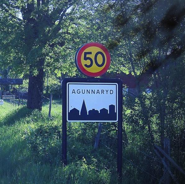 Agunnaryd welcome roadsign