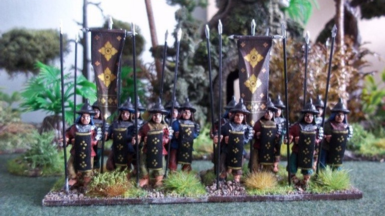 SE01 Regular Spearman with Long Shield at rest.